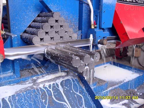 G423035数控带锯床