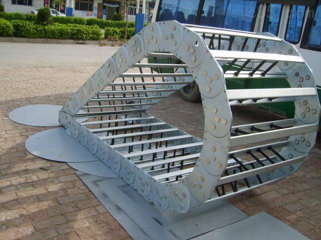 桥式穿线工程钢铝拖链
