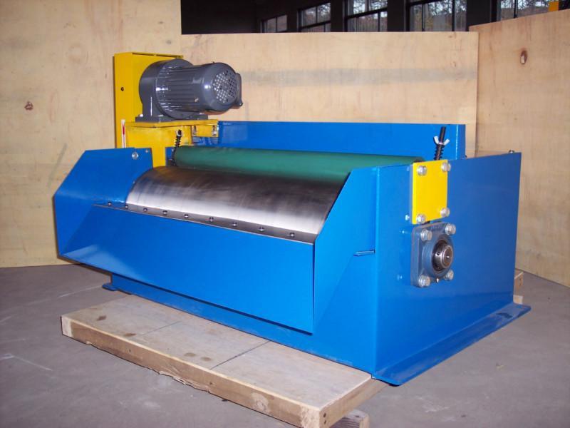 胶辊型磁性分离器产品图