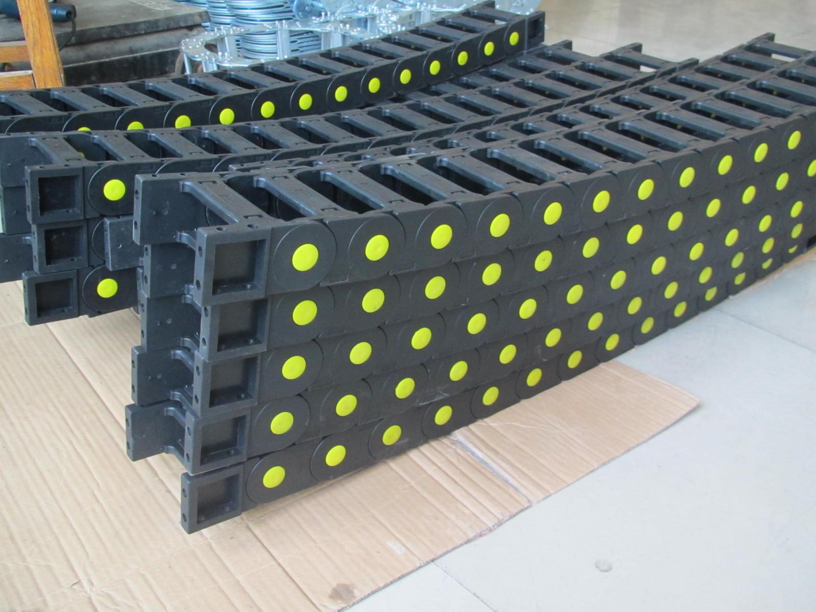 桥式电缆工程塑料拖链产品图